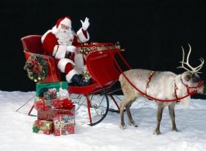 Ο Άη Βασίλης θα μοιράσει δώρα σε όλες τις γειτονιές της Λεμεσού!