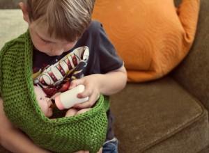 Όταν το αγόρι σας παίζει με κούκλες