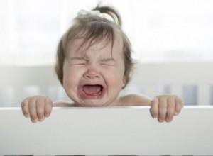 Ελεγχόμενο κλάμα: Η κακοποιητική πρακτική και το τραύμα που δημιουργεί
