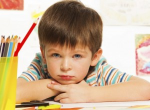 Tι είναι η επιλεκτική αλαλία και πώς μπορούν να βοηθήσουν οι εκπαιδευτικοί;