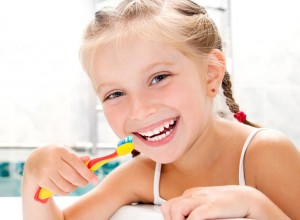 Tips για γερά δόντια για παιδιά σχολικής ηλικίας