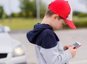 Εθισμός σε ηλεκτρονικά παιχνίδια: Ποιος είναι ο ρόλος των γονιών;