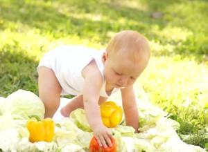Σε ποια ηλικία μπουσουλάνε τα μωρά;