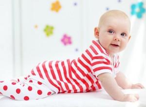 Γιατί έχει τόσα πολλά σάλια το μωρό; Το παιδί μεγαλώνει, αλλά τα σάλια επιμένουν!