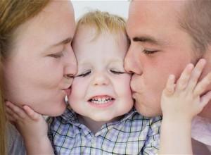 Η συναισθηματική ασφάλεια των παιδιών απορρέει από τους γονείς