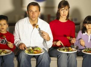 Παρακολούθηση τηλεόρασης και αύξηση σωματικού βάρους